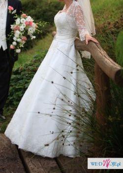 Piękna hiszpańska suknia ślubna!