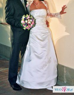 Piękna hiszpańska suknia ślubna La Sposa