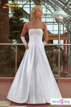 Piękna, klasyczna suknia ślubna MBM DUBER model 943 z 2009 roku+musznik