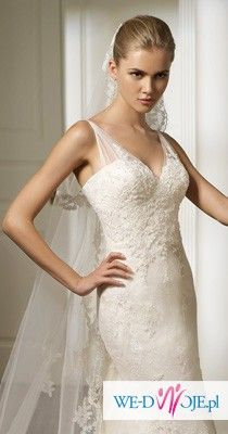 Piękna koronkowa Ronda Pronovias