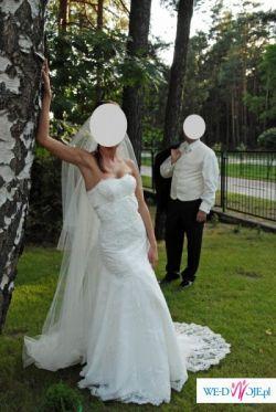 Piękna koronkowa suknia ślubna szyta na wzór kolekcji Pronovias