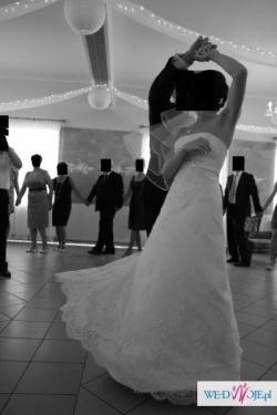 Piękna koronkowa suknia ślubna Tanio