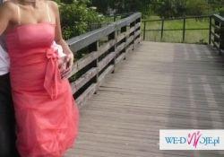piękna sukieneczka bombka łososiowy kolor