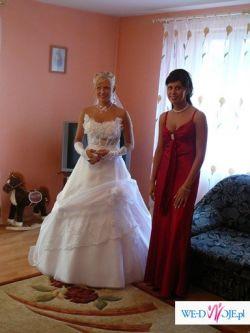piękna suknia dla pięknej kobiety