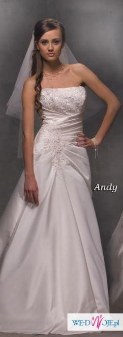 Piękna suknia ecru, model Andy