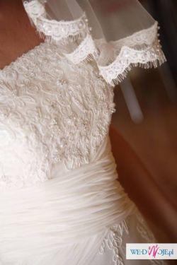 Piękna suknia ecru z kolekcji Madeline Gardner