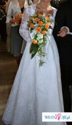 Piękna suknia firmy Margarett