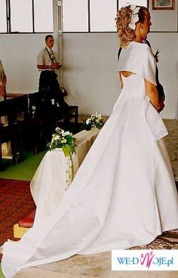 Piękna Suknia Perłowa / Biała
