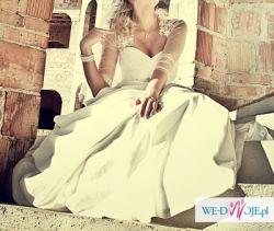Piękna Suknia Ślubna dla WYSOKIEJ dziewczyny, teraz TYLKO 499 zł