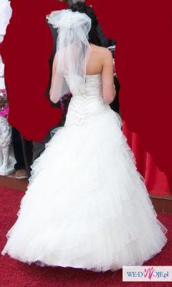 Piekna Suknia Ślubna EMMI MARIAGE MEGAN – Kolekcja 2010