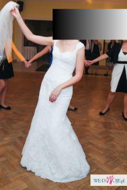 Piękna suknia ślubna Leyenda