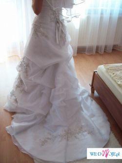 piekna suknia ślubna Mori Lee