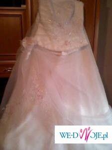 piękna suknia ślubna-nowa