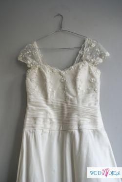 Piękna suknia ślubna r. 36