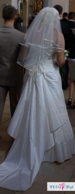 piekna suknia ślubna roz. 42/44