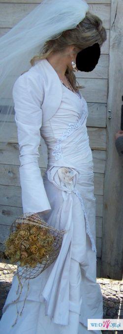 Piękna suknia ślubna rozm. 38