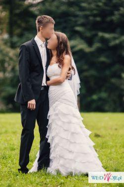 Piękna suknia ślubna typu hiszpanka z kryształkami 36/38