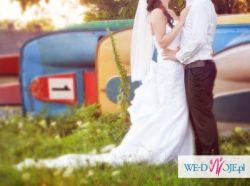 Piękna Suknia Ślubna z długim trenem + 3 Sukienki dla druhen