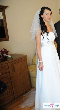 piękna suknia ślubna z muślinu