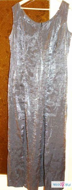 piękna suknia w ciemniejszym srebrnym kolorze