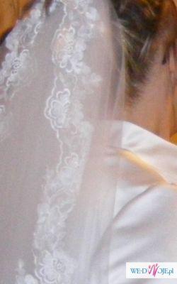 piękna suknia wyszywana kryształkami 40-42