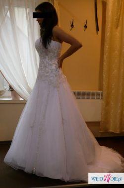 Piękna suknia z salonu Paris rozmiar 38-40