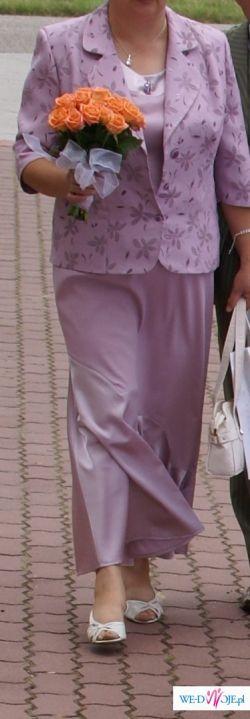 Piękna suknia z żakiecikiem