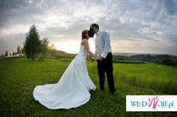 piekna sunkia slubna la sposa
