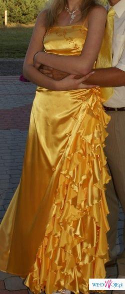 piękna żółta suknia