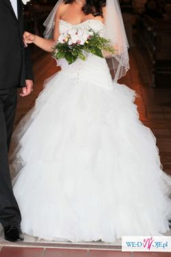 Pięna suknia ślubna Herms/ Cinecitta
