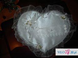 Poduszka na obrączki w kształcie sera