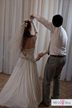 przepieękna suknia ślubna