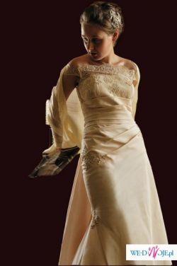 przepiękna suknia a la San Patrick Baltico, dopasowana! kobieca! sexy! ecru