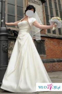 Przepiękna suknia Angie 2008