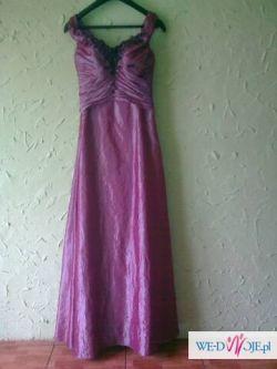 Przepiękna suknia dla blondynki lub brunetki