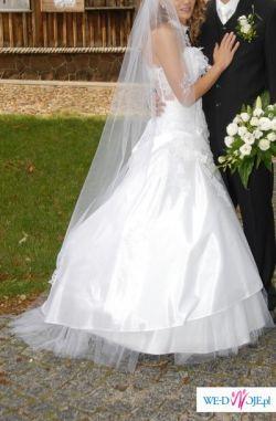 Przepiękna suknia Glamour