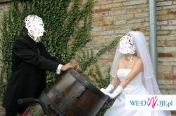 przepiękna suknia ślubna- biała