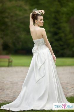przepiękna suknia ślubna kupiona w salonie