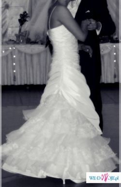 Przepiękna Suknia ślubna - model Claudia