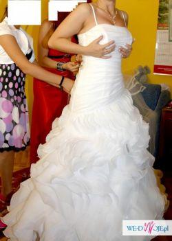 przepiękna suknia ślubna rozmiar 38, biała