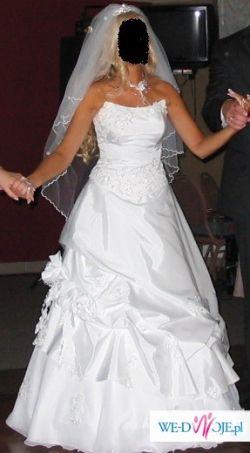 Przepiękna suknia z salony Julietty