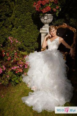 Przepiękna, zwiewna suknia. Producent: Maggio Ramatti. Model: Euphoria.