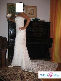 Prześliczna, bogata, wyszczuplająca z kolekcji White One-Pronovias