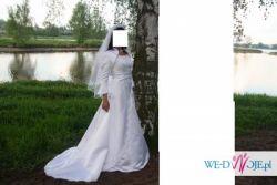 Prześliczna, delikatna suknia firmy Isabel do sprzedania