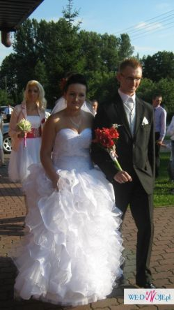 Pzepiękna suknia ślubna
