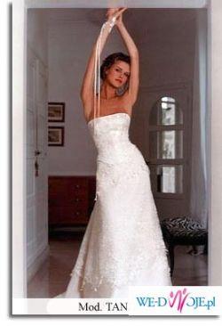 Romatyczna Suknia Ślubna Cymbeline Tandori