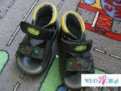 Sandałki dla chłopaka lub dziewczynki