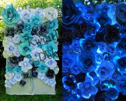 Ścianka kwiatowa, inicjały, napis  wesele dekoracje
