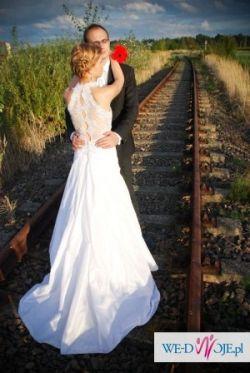 Śliczna biała suknia ślubna rozmiar 36