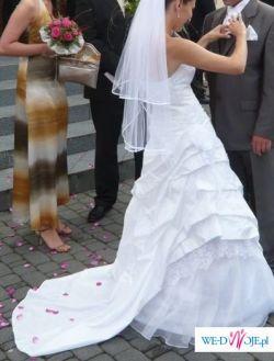 Śliczna jednoczęściowa suknia ślubna francuskie koronki  hita lata dla Ciebie